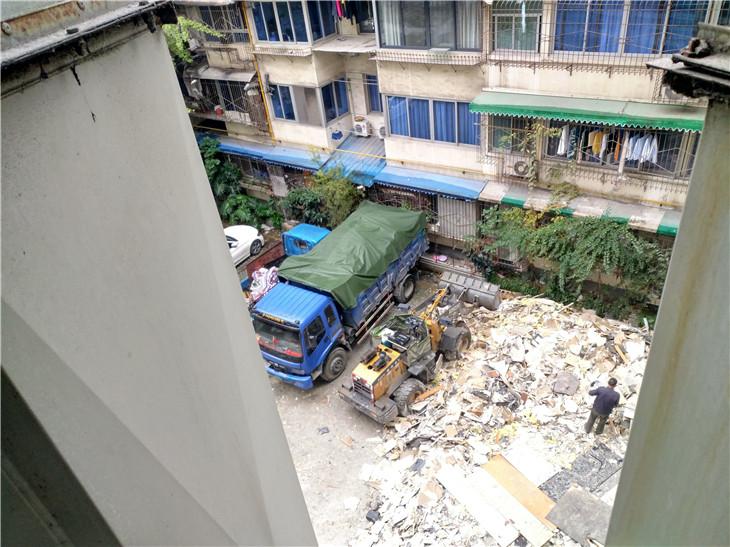 成都4000平翼果酒店室内装修拆除进程记录专业拆除酒店公司战狼拆除