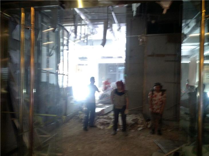 成都银泰中心in99商场拆除清运施工撤场