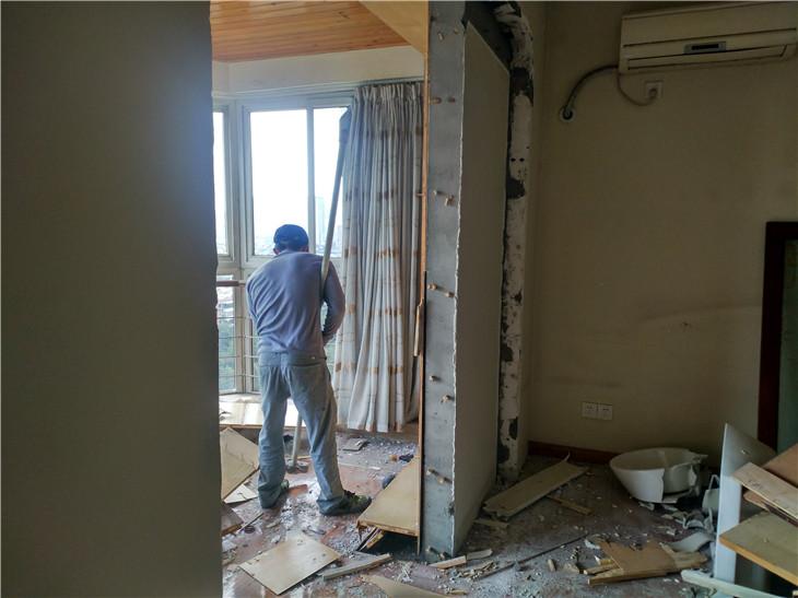 成都成华区府青路富临·沙河新城二手房旧房室内装修拆除