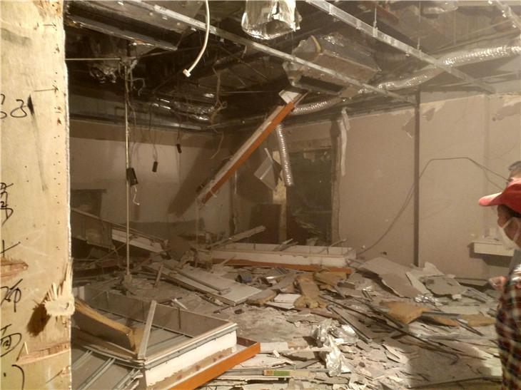 成都明月大酒店拆除清运施工